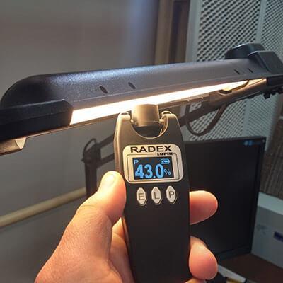 Как пользоваться и проводить измерения освещенности люксметром
