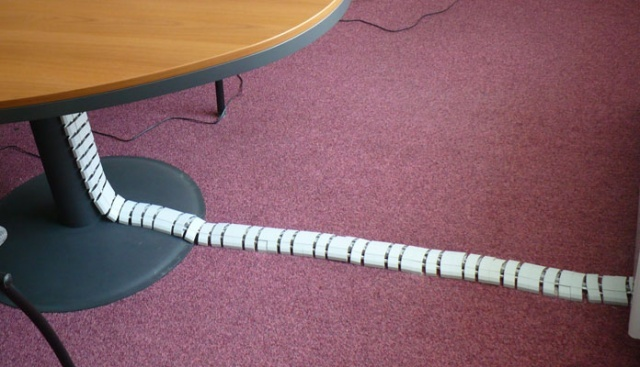 Разновидности и размеры кабель-каналов для электропроводки