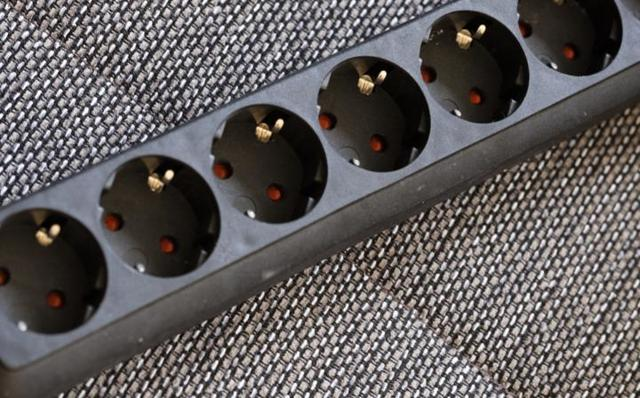 Основные виды электрических удлинителей для дома