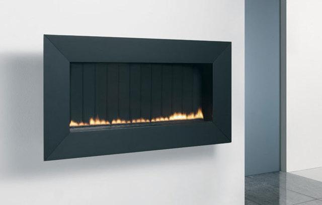 Как устроен электрический камин с эффектом пламени