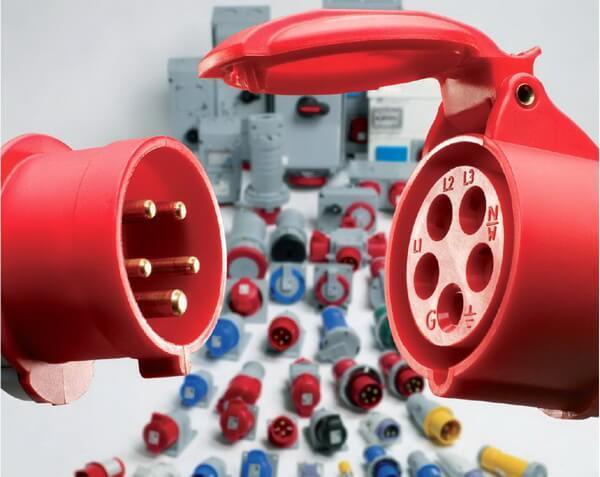 Дополнительные функции современных электрических розеток