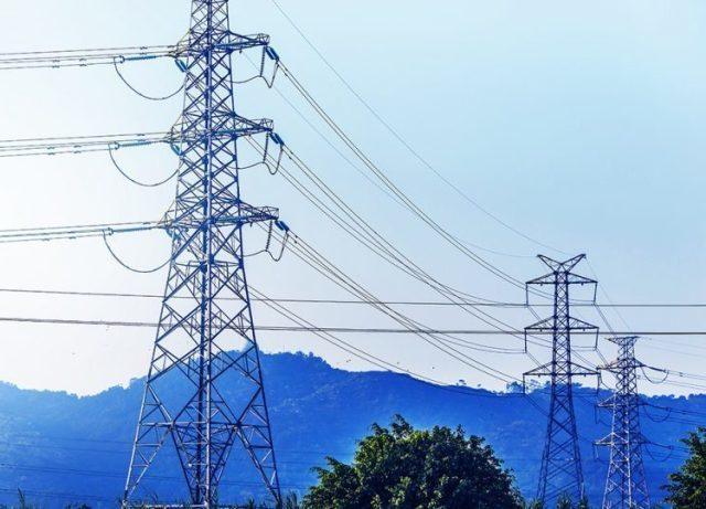 Что такое электрическое сопротивление и как оно зависит от температуры