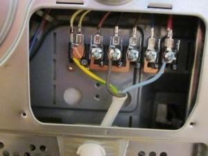 Как проложить кабель от щитка до розетки при подключении электроплиты