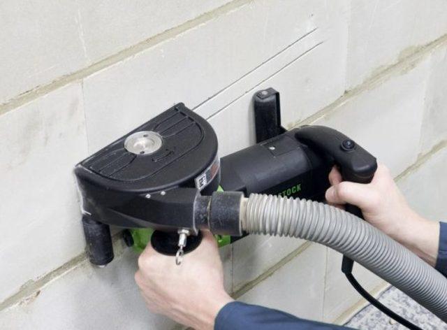 Как правильно спрятать электропроводку на кухне